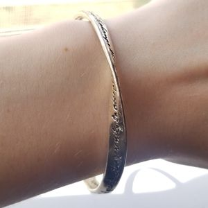 Jewelry - 📦FREE SHIPPING📦 Silver Engraved Cuff Band